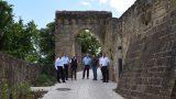 Sinsheim: Im Rahmen der Burgsanierung – Weg zur Burg Steinsberg fertiggestellt
