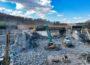 Autobahnbrücke zerbröselt – Baggerarbeiten rund um die Uhr – 1200 Kubikmeter Stahlbeton bearbeitet