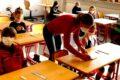 Viel diskutiertes Thema: Antigentest in Schulen: Von Test-Uhren und Schnodder-Stäben …