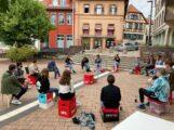 """Junge Leute diskutierten bei """"Pizza & Politik"""" mit MdB Lars Castellucci"""